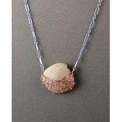 Copper-netted Shell Chain Necklace