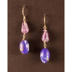 Violet floral bead earrings with amethysts