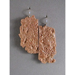 Barnacle impressions earring